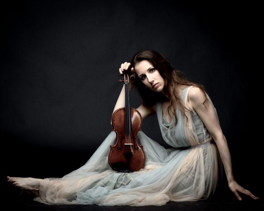 """""""[D]as Wichtigste ist, an sich zu glauben, und durch alle Ups and Downs die Liebe zur Musik nicht zu verlieren."""" – INTERVIEW mit Johanna Roehrig"""